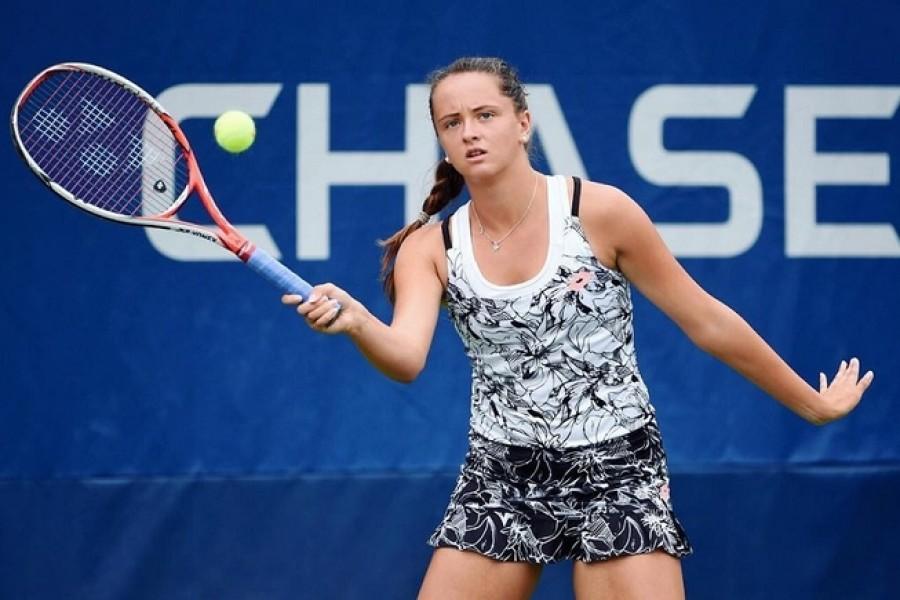 Talentovaná Viktória Kužmová zaskočila v Bratislavě obhájkyni titulu