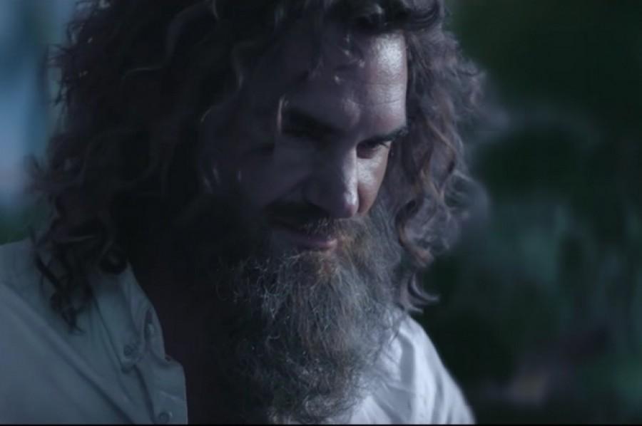 Trosečník Roger Federer? Ano, v novém reklamním spotu od Sunrise!