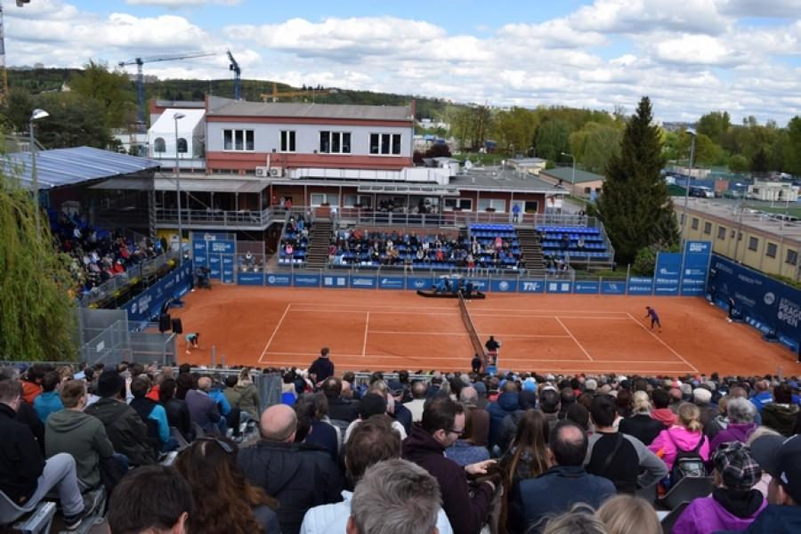J&T Banka Prague Open: Trio Češek bude bojovat o postup do semifinále!