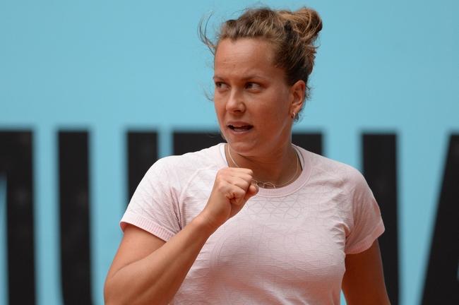 Dvojitá šance! Strýcová s Kristýnou Plíškovou postoupily do semifinále