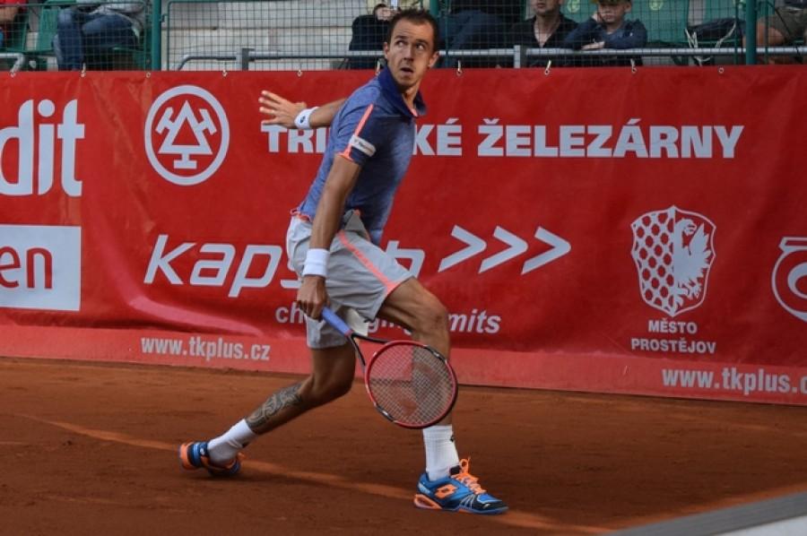 Davis Cup: Skvělý Rosol vydřel výhru nad Tsongou, Veselý druhý bod nepřidal a Francie srovnala stav na 1-1