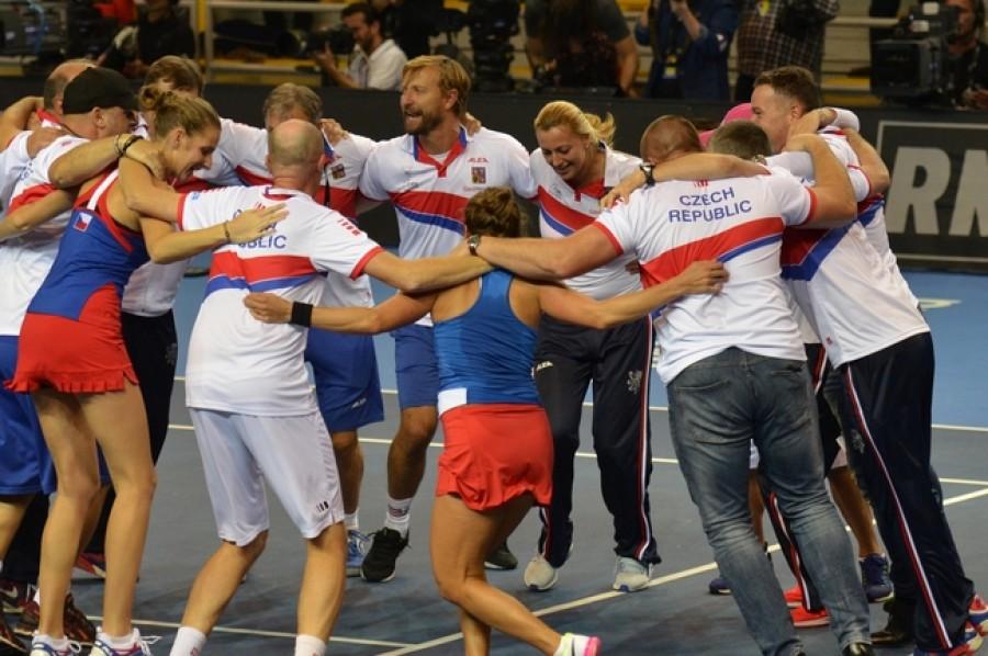 Finále na dosah! České tenistky neztratily proti Německu ani set
