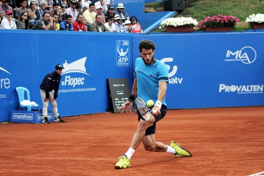 Feliciano Lopez potvrdil ve Gstaadu roli nasazené jedničky a má pátý ATP titul